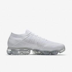 Mens Nike Air VaporMax Triple White Running Shoes 849558 100