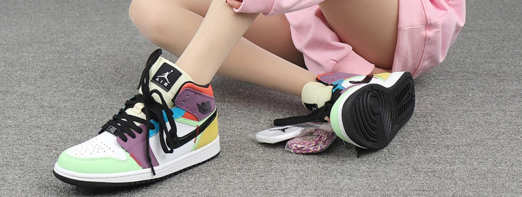 "Air Jordan 1 Mid ""Multicolor"" Womens Shoes,Is the color matching complicated? CW1140-100"